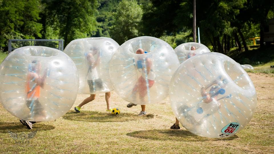 bubble-soccer-hen-bachelor-party-in-budapest