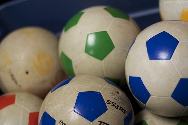bubble-football-in-schools-sport-important